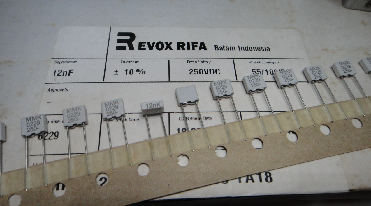 EVOX MMK5 0.012uf/250v(12nf 123) CAP FILM RADIAL Polyester, Metallized